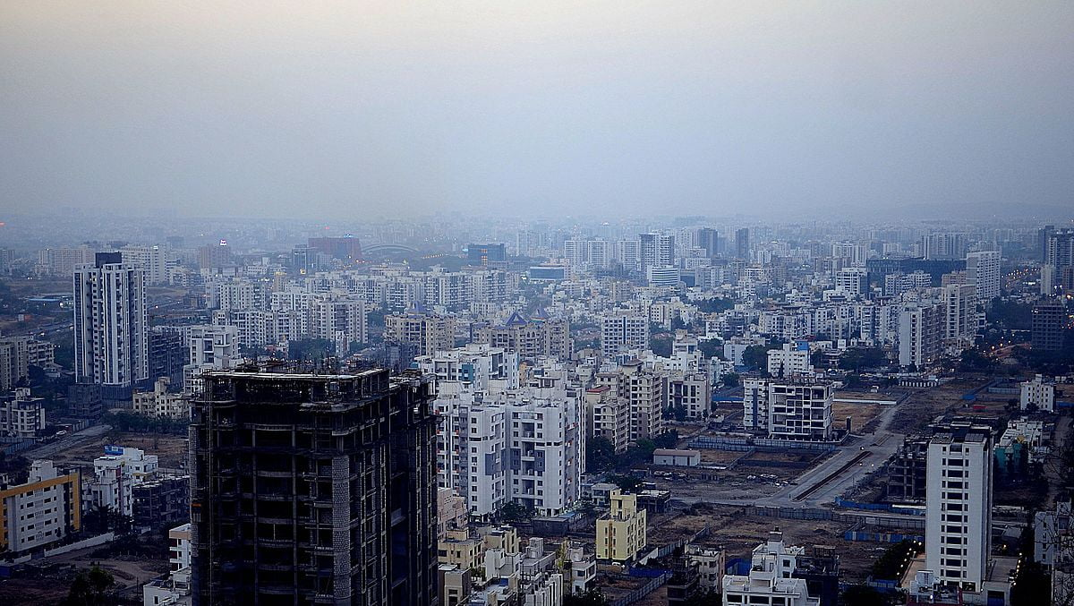 The real estate in Gurgaon has a melting pot for investors and homebuyers because it has been in the highlight for a long now.